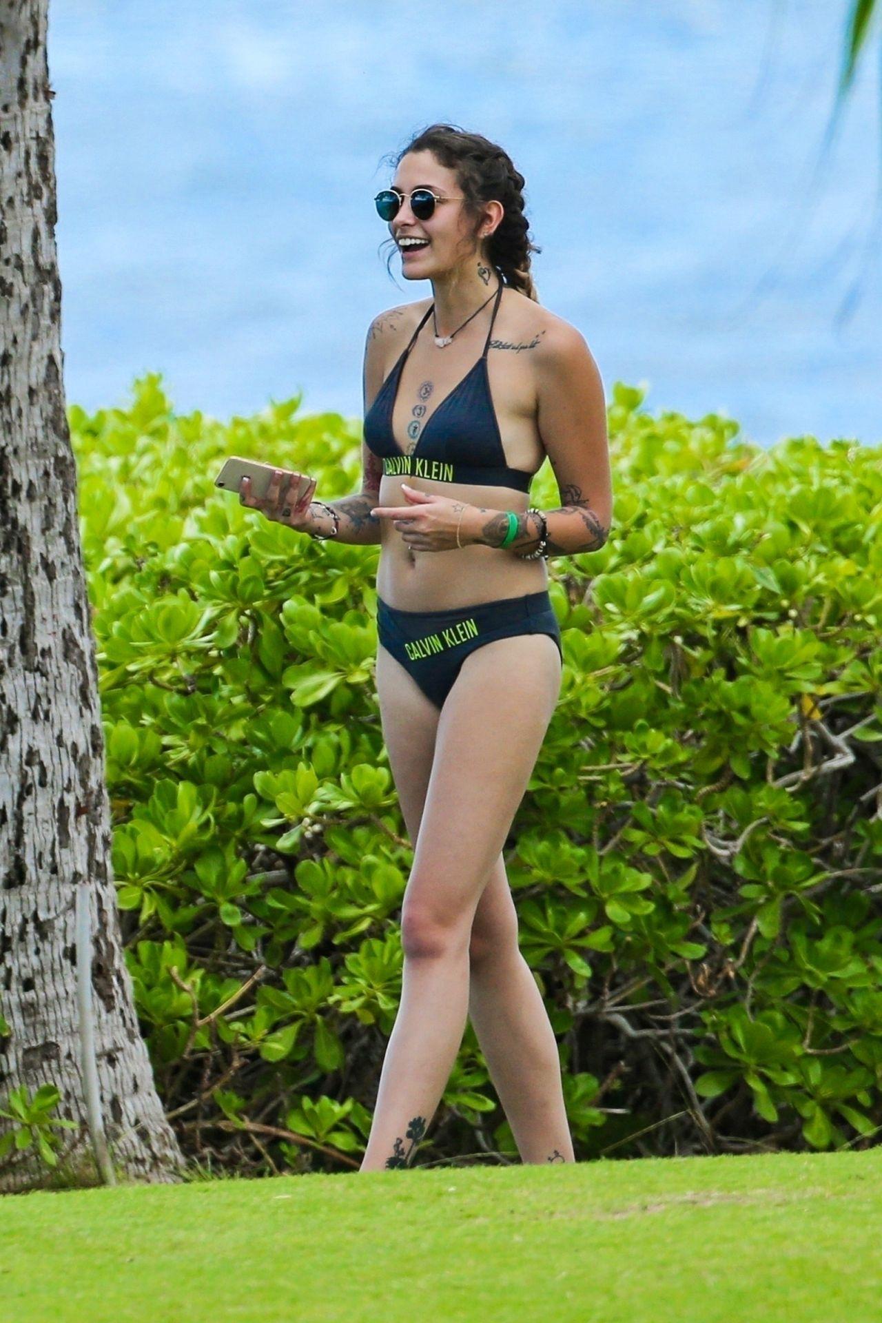 Paris Jackson In Bikini Hawaii 12 26 2017