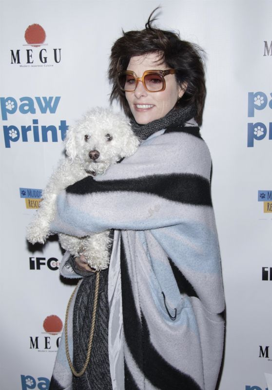 Parker Posey - Paw Prints Paw-Liday Screening in NYC