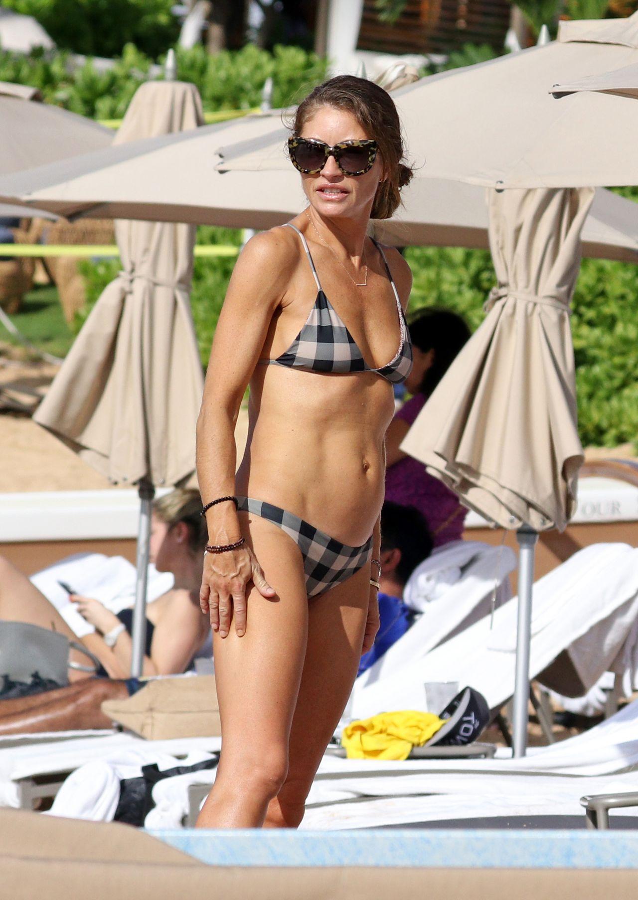 Rebecca Gayheart In Bikini On The Beach In Oahu-6225
