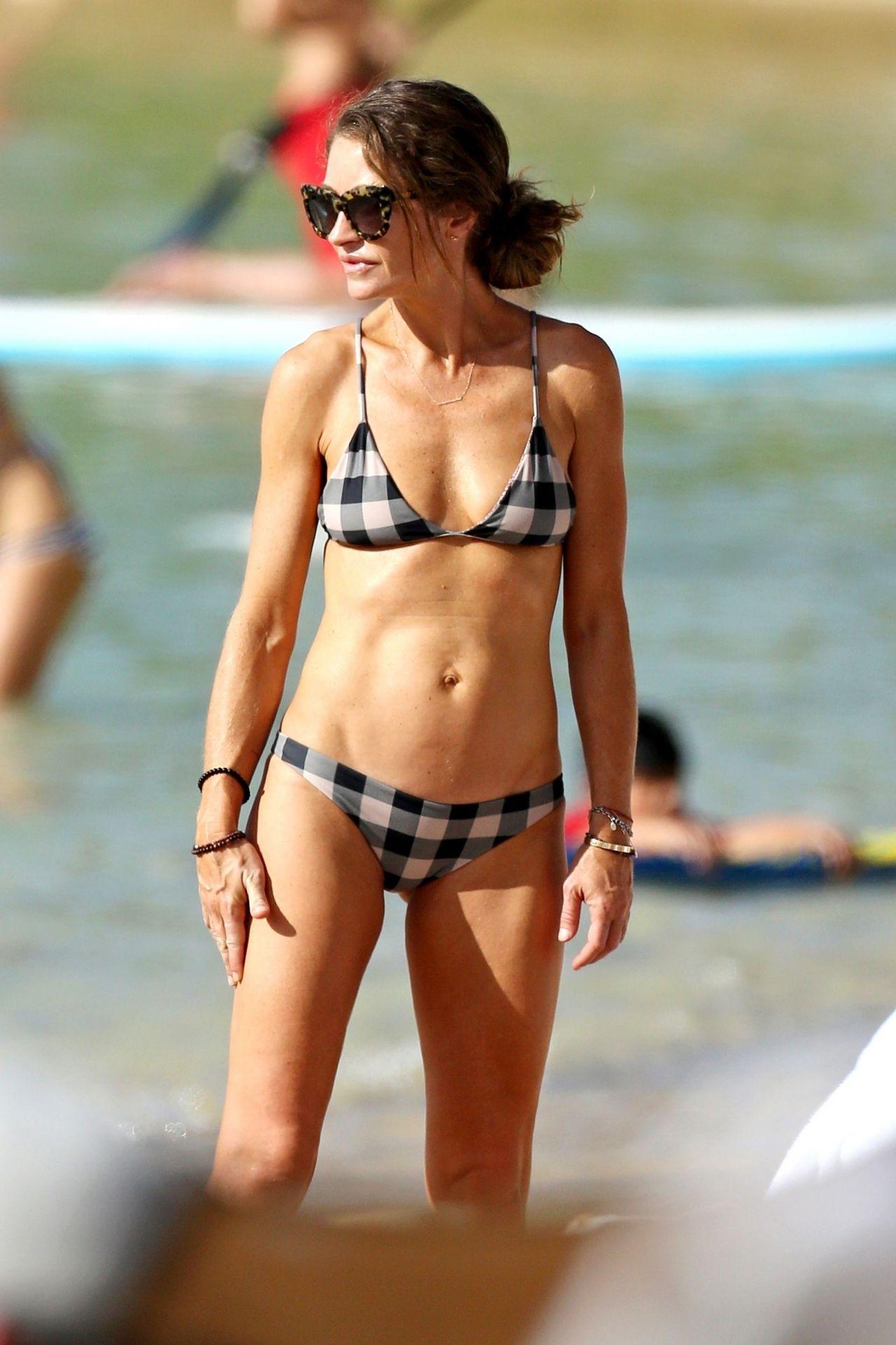 Rebecca Gayheart In Bikini On The Beach In Oahu-9596