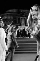 Rita Ora - Social Media 12/14/2017