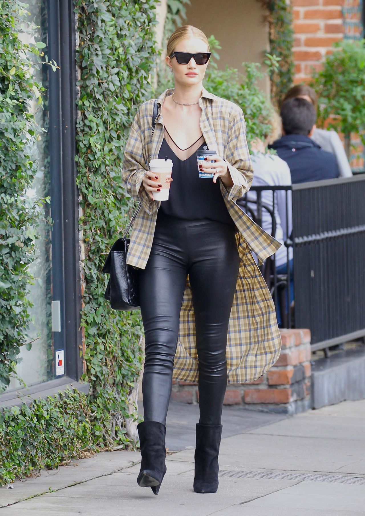 Rosie Huntington Whiteley Street Fashion On A Coffee Run
