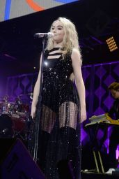 Sabrina Carpenter Performs Live - KISS 108