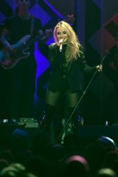 Sabrina Carpenter - Performs Onstage Jingle Ball 2017 in St Paul