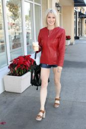 Sara Barrett Leggy in Shorts - Leaving Mel
