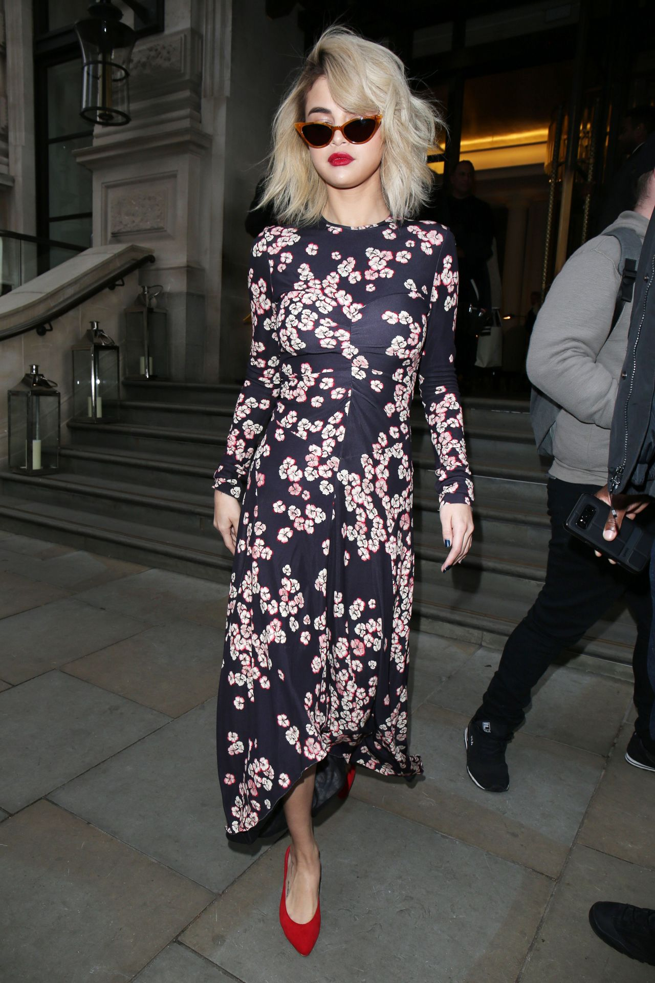 Selena Gomez Goes To Coach Store In London