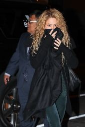 Shakira - Arriving at the Hunt & Fish Club in NYC