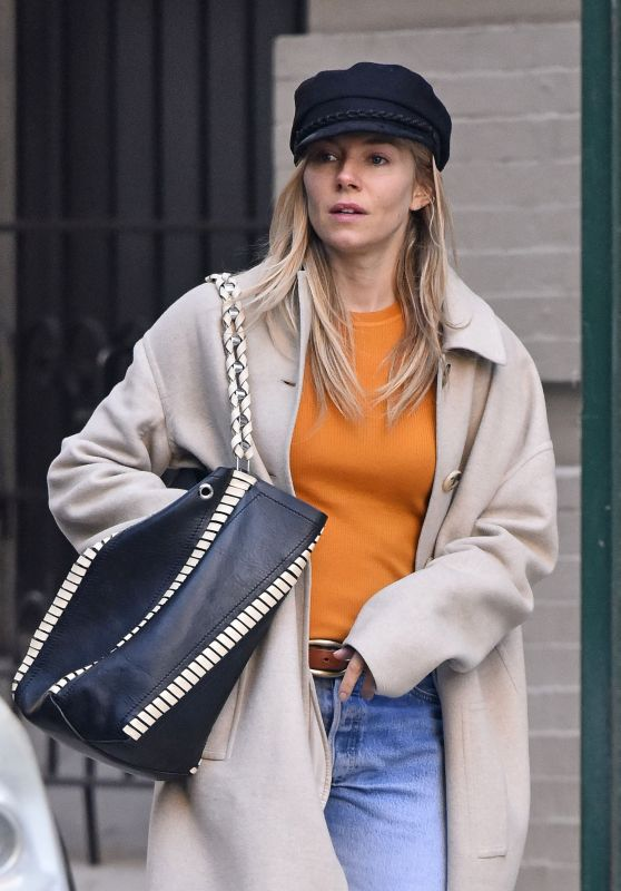 Sienna Miller Street Style - New York City 12/03/2017