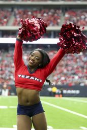 Simone Biles Performs With the Houston Texans Cheerleaders in Houston 12/10/2017