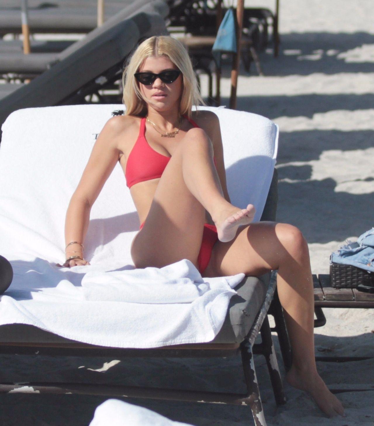 Porno Lola Kirke  nude (45 foto), Snapchat, cameltoe