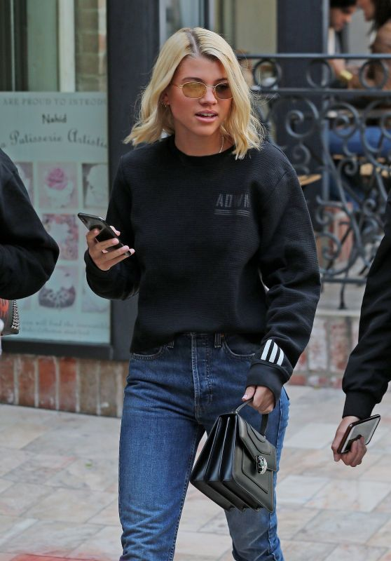Sofia Richie Shopping in Beverly Hills 12/16/2017