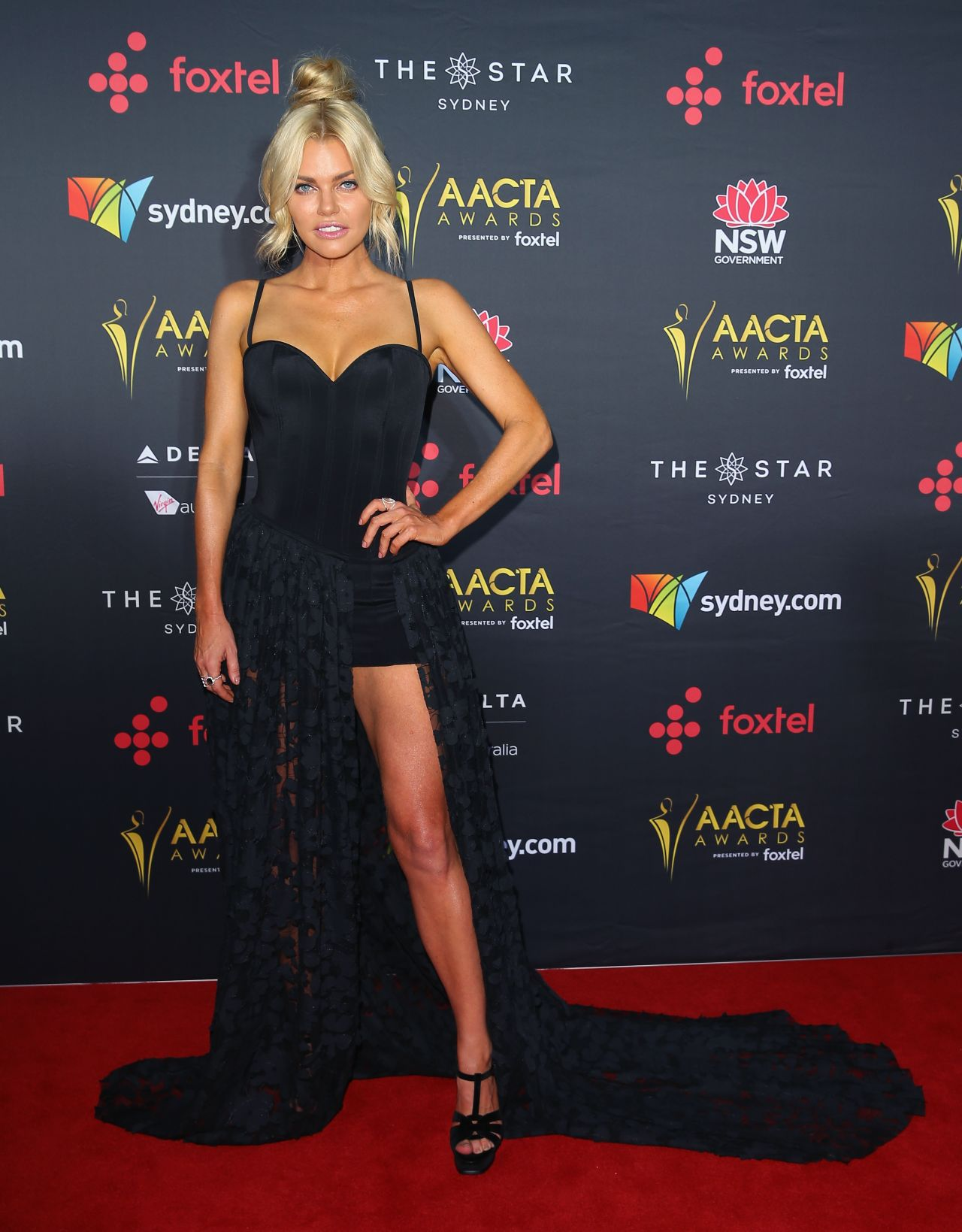Sophie Monk – AACTA Awards 2017 Red Carpet in Sydney