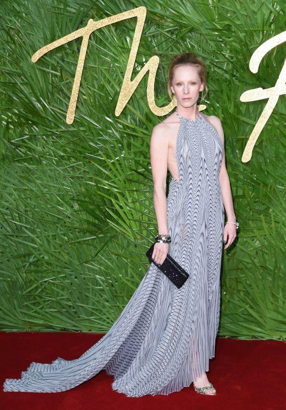 Suzanne Wuest – Fashion Awards 2017 in London