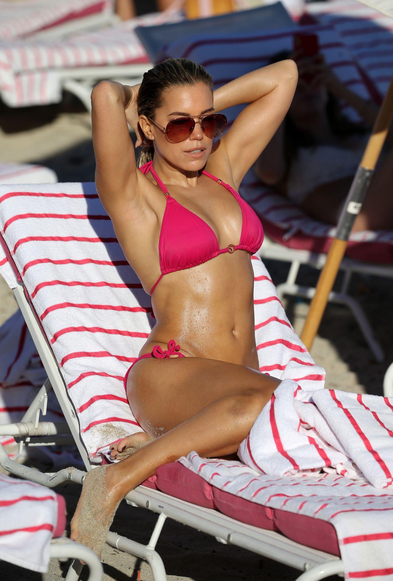 Francesca Brambilla Livia Canalis nude (45 photo) Sideboobs, Facebook, panties