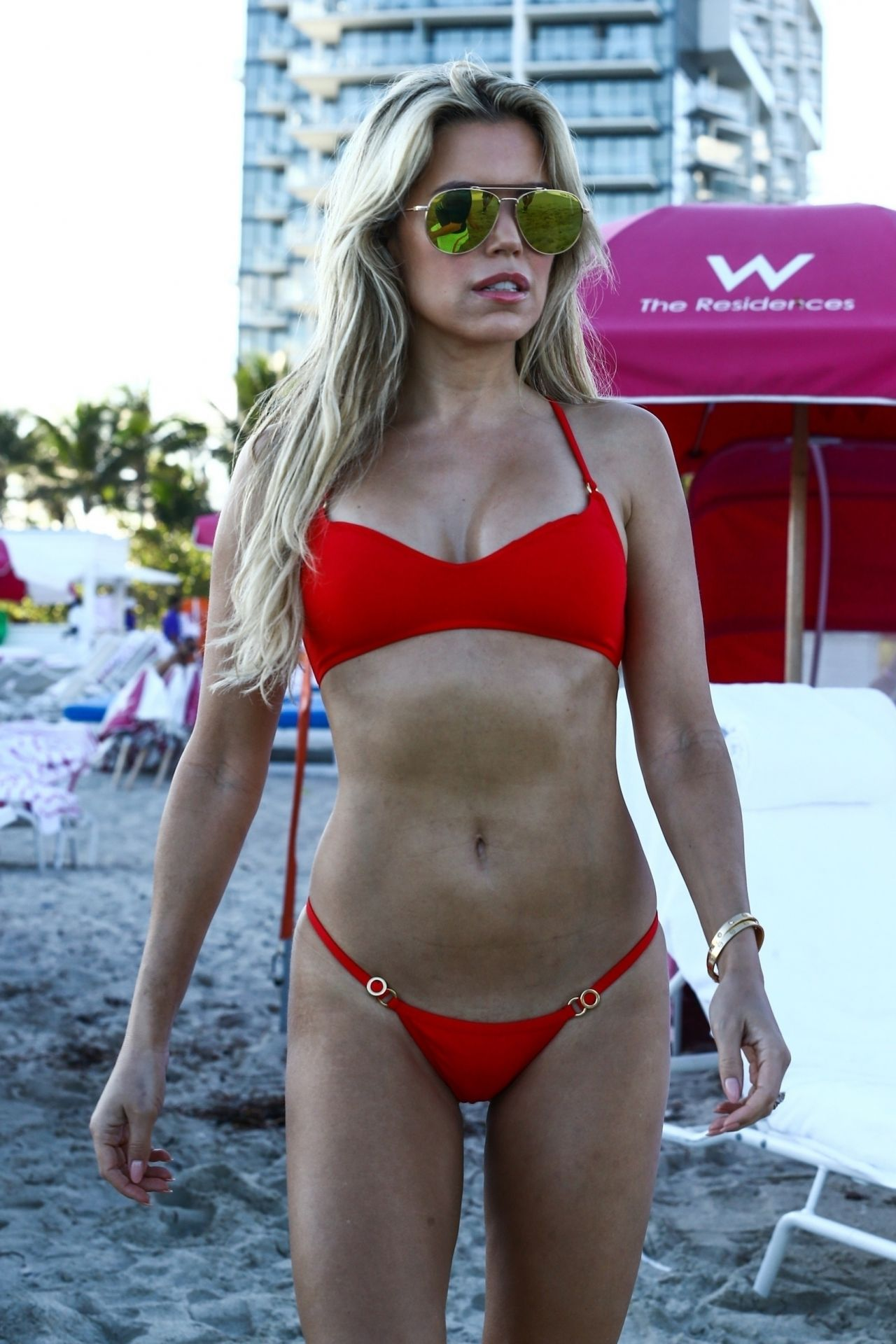 Sylvie Meis in Red Bikini on the beach in Miami Pic 10 of 35