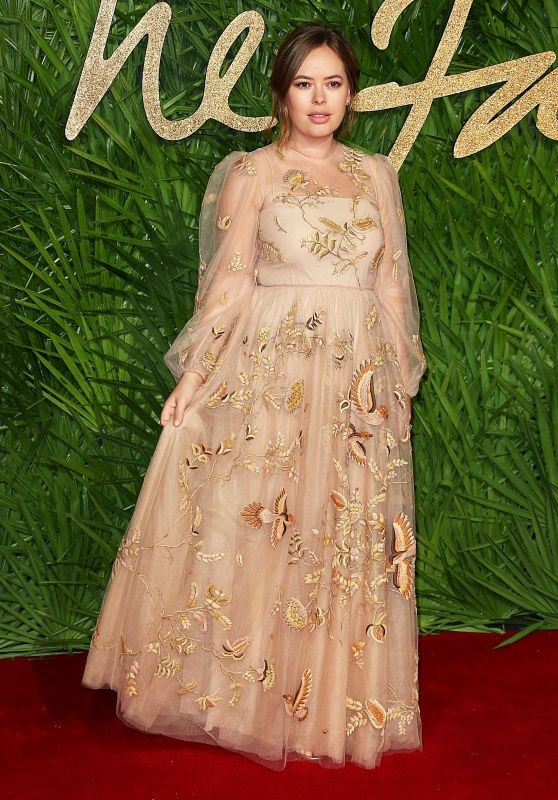 Tanya Burr – Fashion Awards 2017 in London