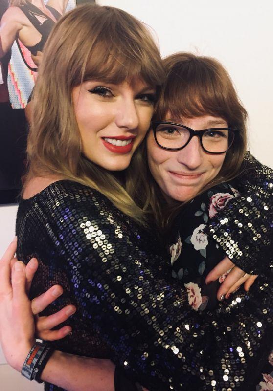 Taylor Swift - Social Media 12/14/2017