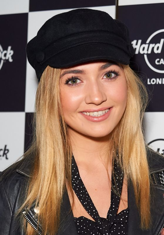 Tilly Keeper - Fight for Life Charity Christmas Party in London