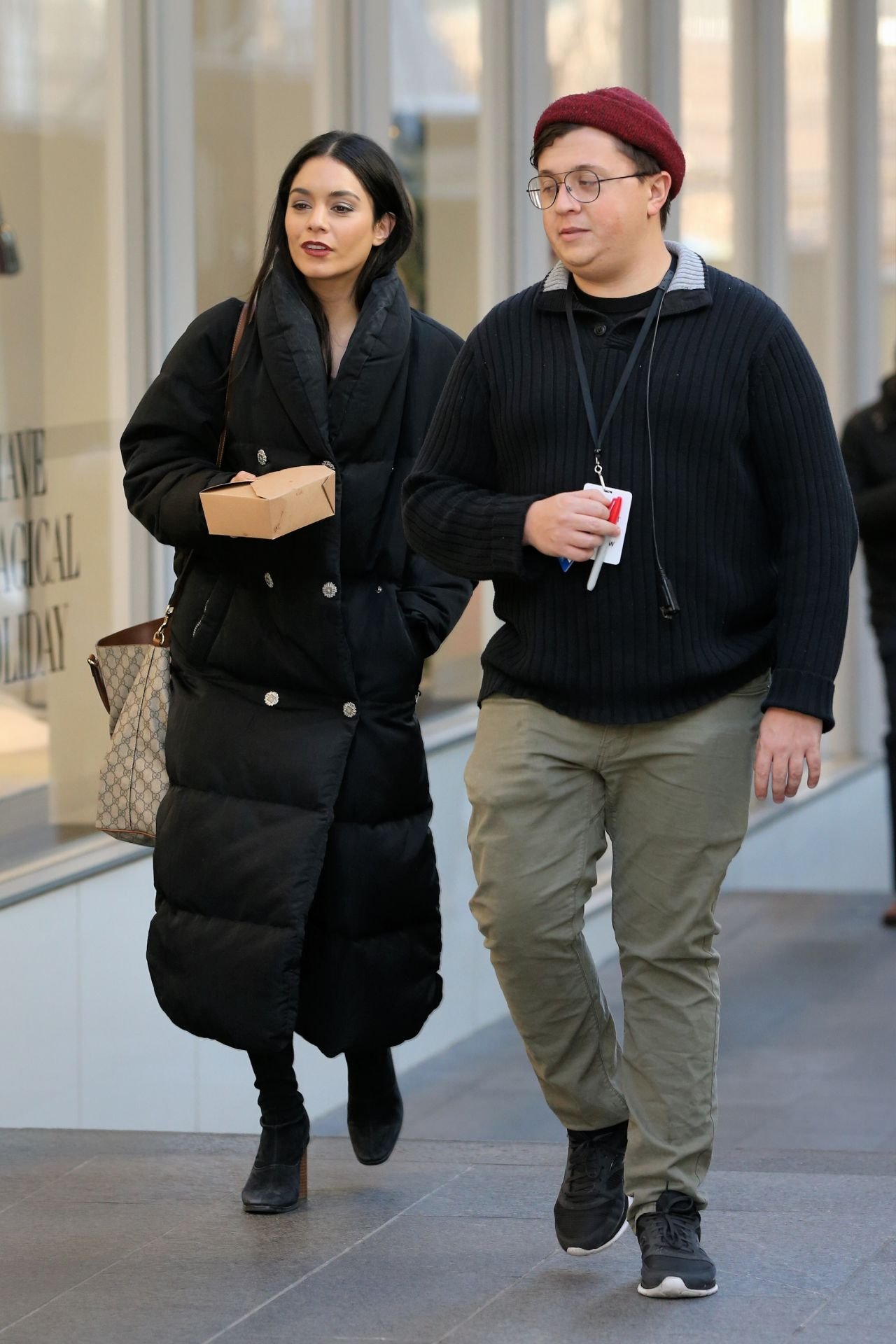 """Vanessa Hudgens - Carries Her Lunch on the Set of """"Second Act"""" at World Trade Center in NYC"""