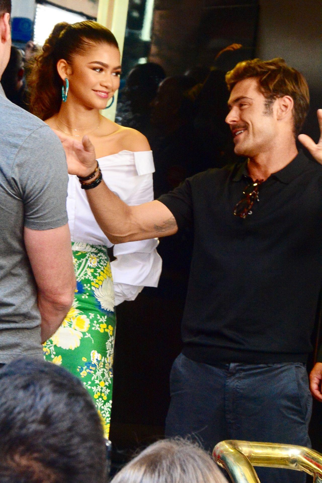 Zendaya Zac Efron And Hugh Jackman Sunrise Show In