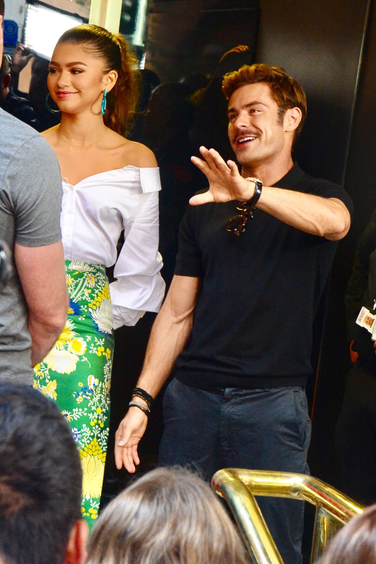 Zendaya Zac Efron And Hugh Jackman Sunrise Show In