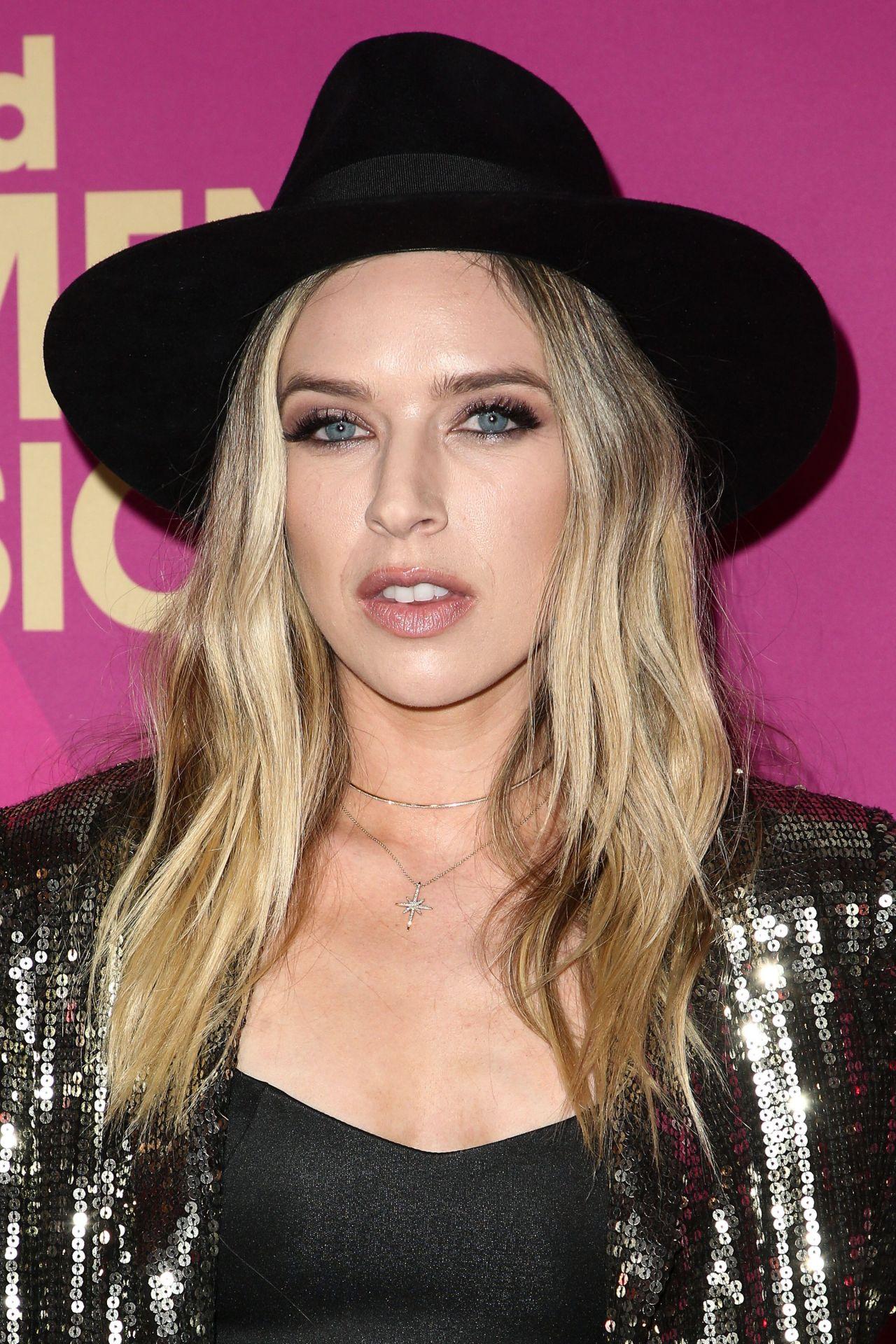 ZZ Ward – Billboard Women in Music 2017 in LA