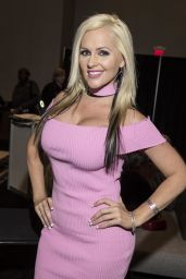 Alena Croft – 2018 AVN Adult Entertainment Expo in Las Vegas