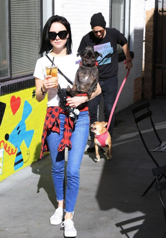 Alessandra Torresani - Farmers Market in Studio City 01/14/2018