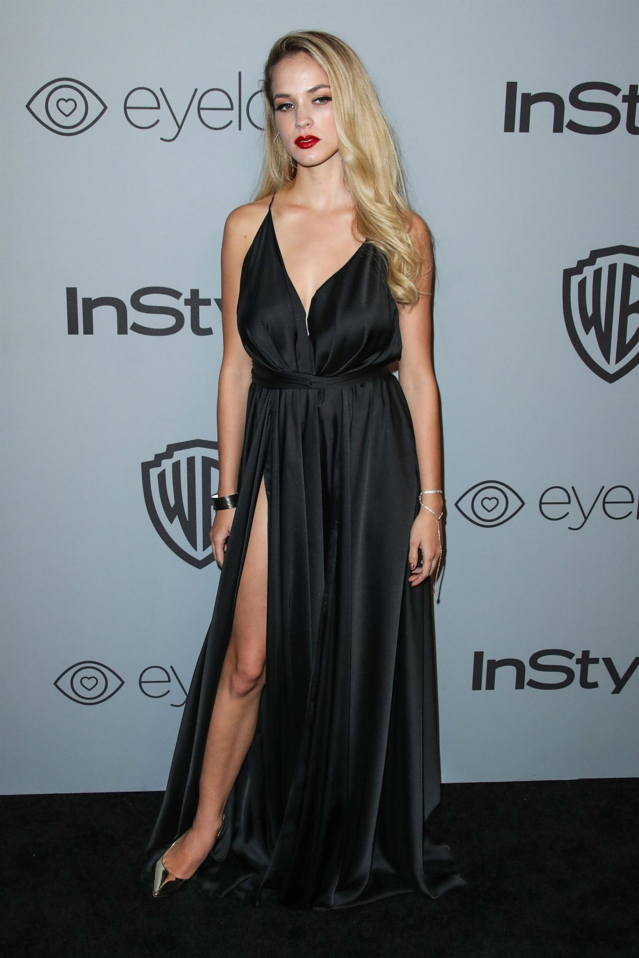 Alexis Knapp Instyle And Warner Bros Golden Globes 2018 After Party