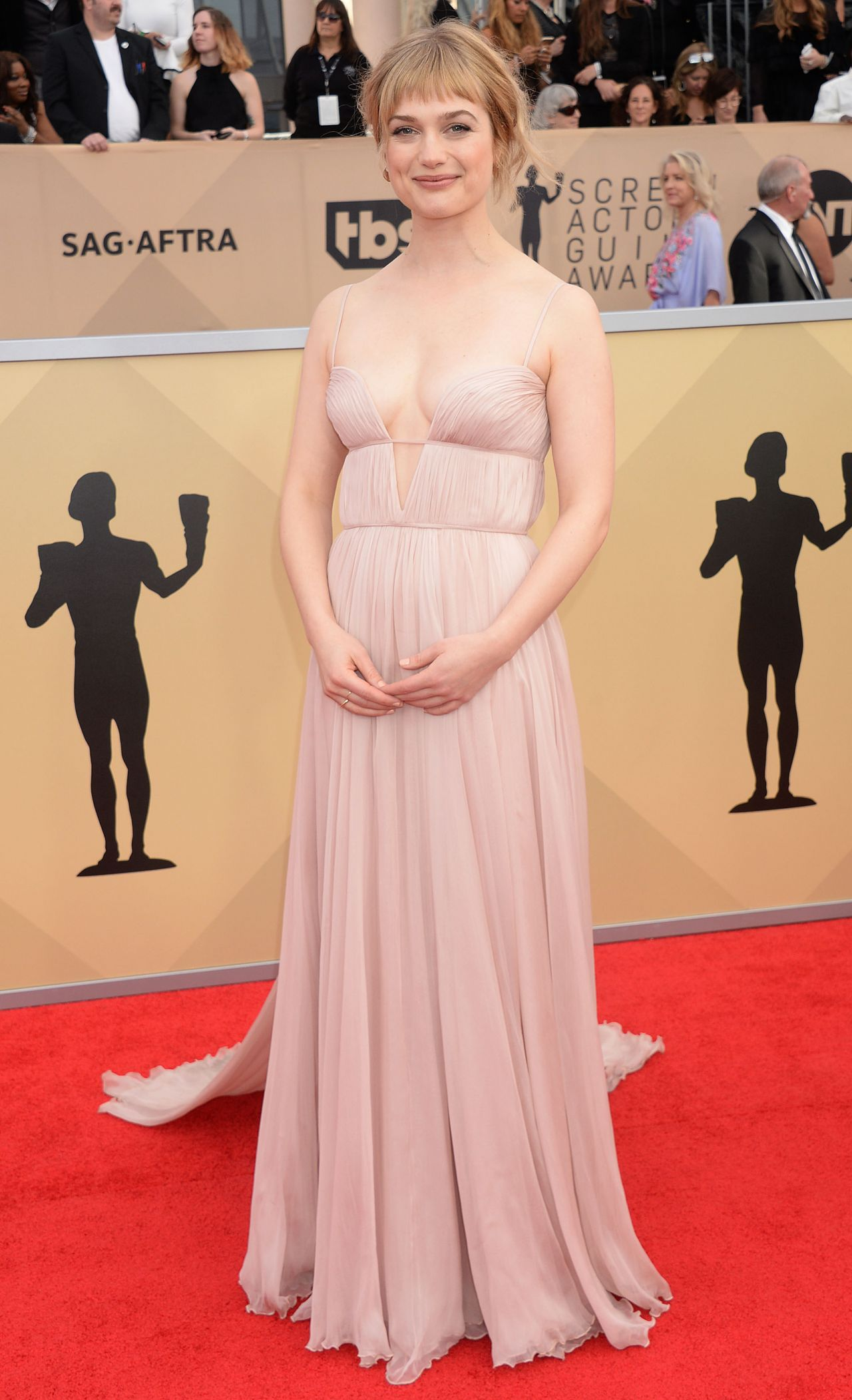 https://celebmafia.com/wp-content/uploads/2018/01/alison-sudol-2018-sag-awards-in-la-6.jpg