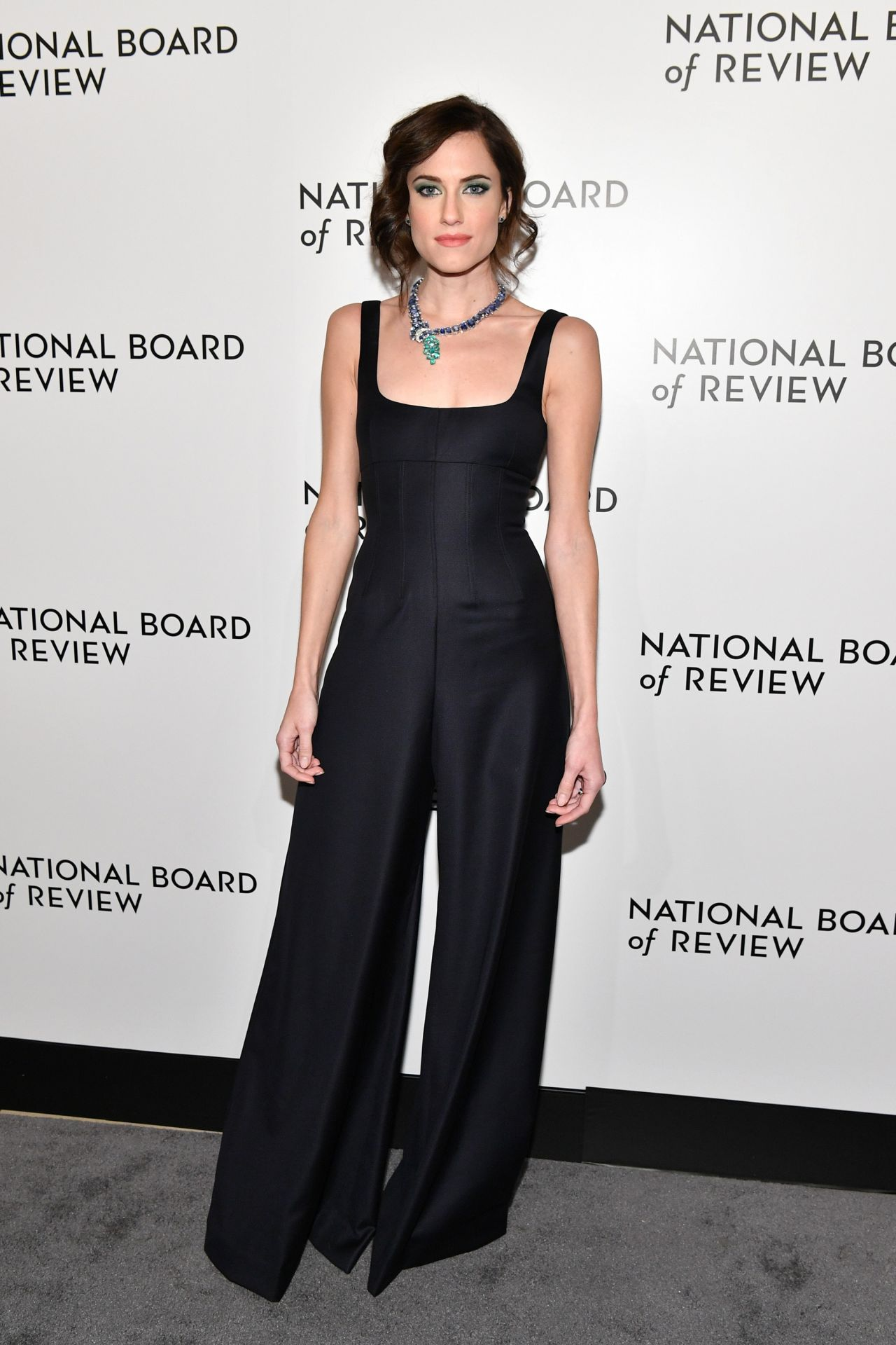 http://celebmafia.com/wp-content/uploads/2018/01/allison-williams-the-national-board-of-review-annual-awards-gala-in-new-york-6.jpg