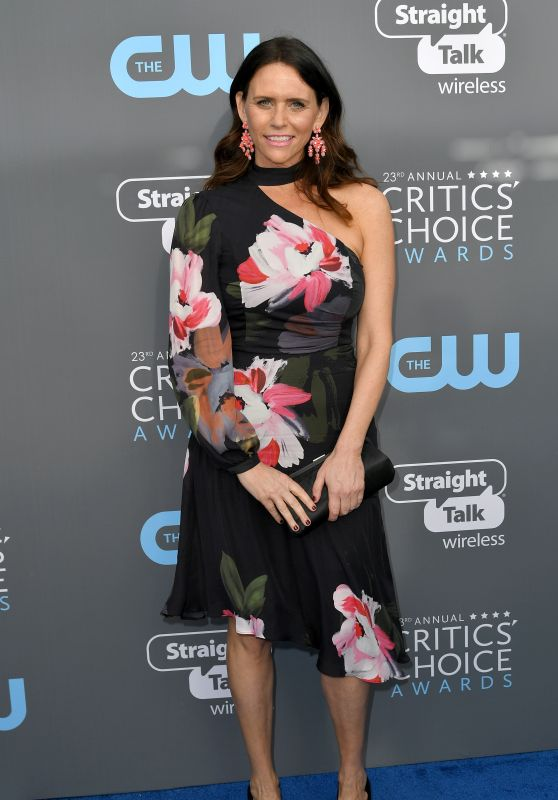 Amy Landecker – 2018 Critics' Choice Awards