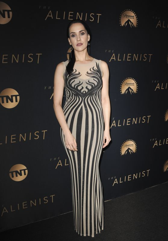"Anastasia Nicole - ""The Alienist"" Premiere in Hollywood"