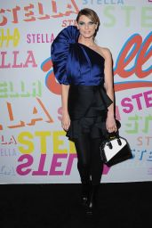 Angela Lindvall – Stella McCartney Show in Hollywood