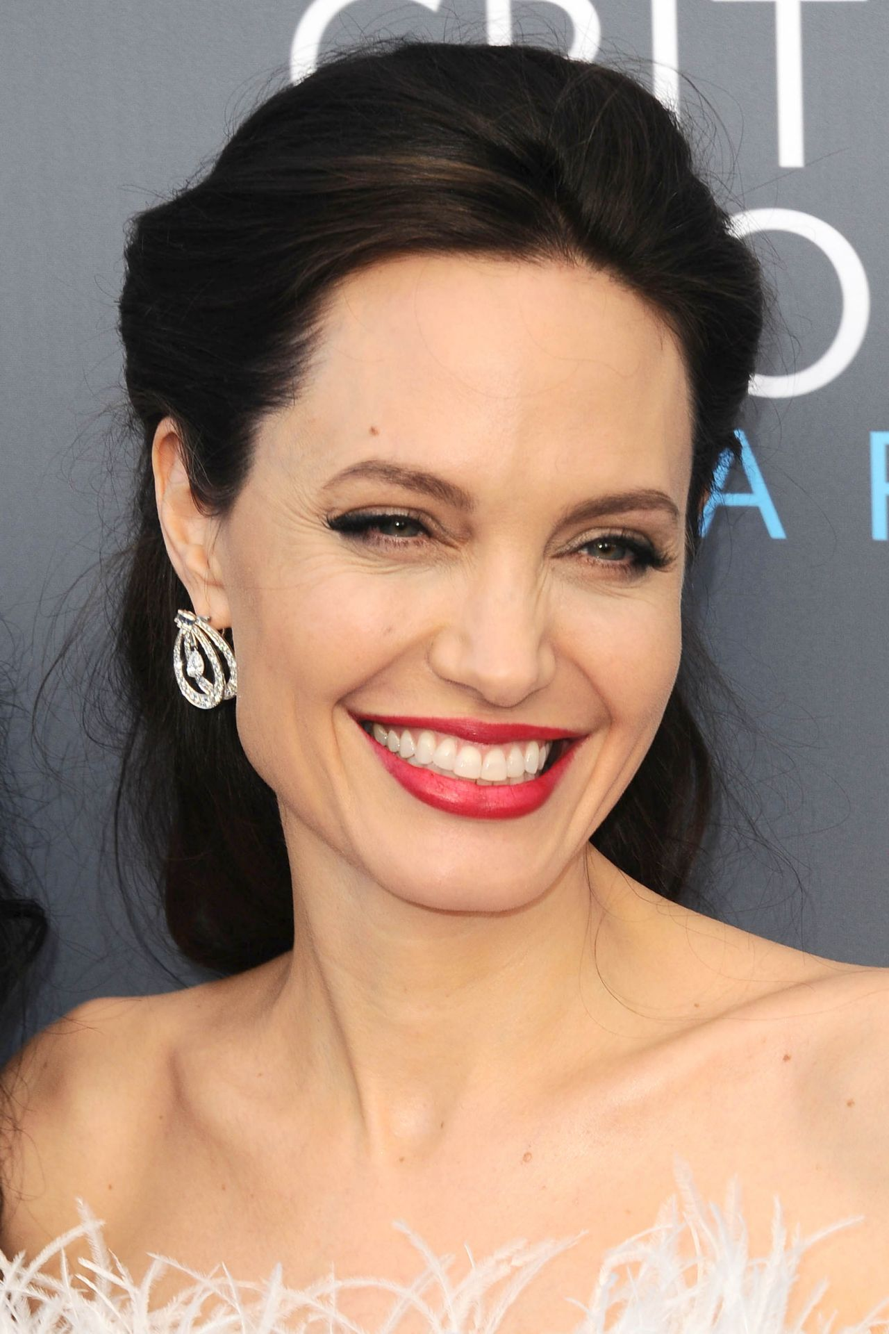 Angelina Jolie – 2018 Critics' Choice Awards Angelina Jolie