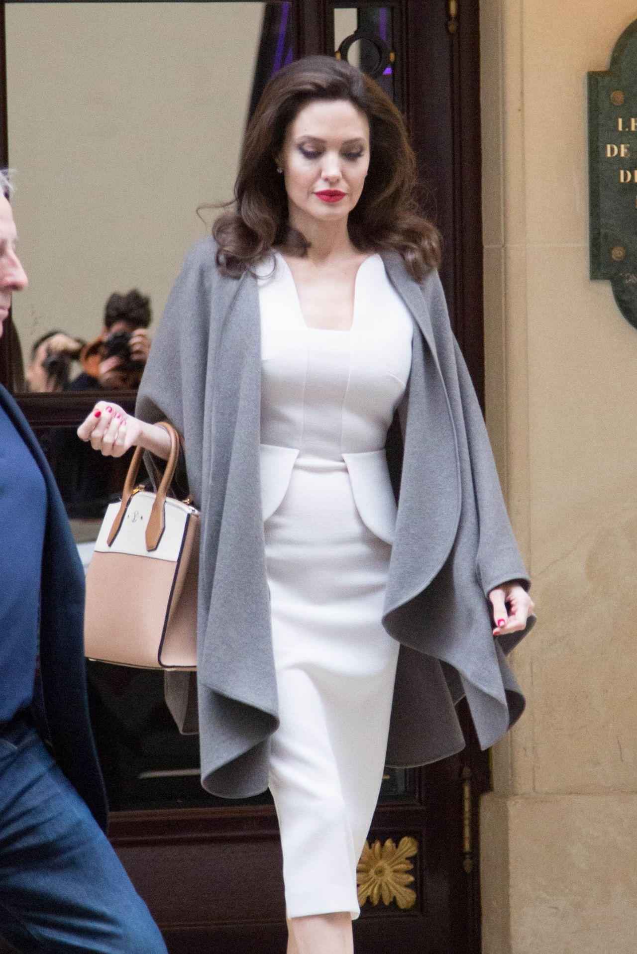 Angelina Jolie Leaving Her Hotel In Paris 01 30 2018