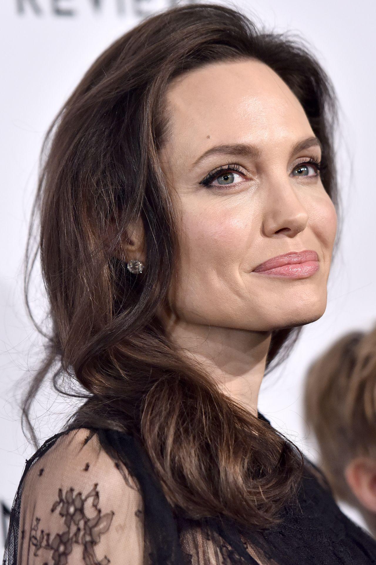 Angelina Jolie Latest Photos - Page 3 of 11 - CelebMafia Angelina Jolie