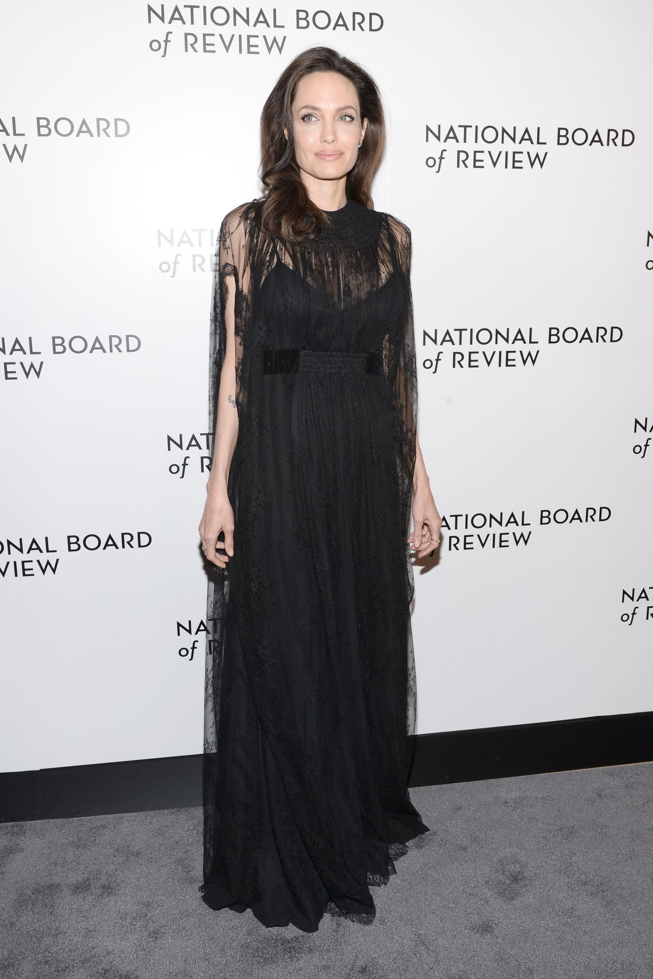 http://celebmafia.com/wp-content/uploads/2018/01/angelina-jolie-the-national-board-of-review-annual-awards-gala-in-nyc-8.jpg