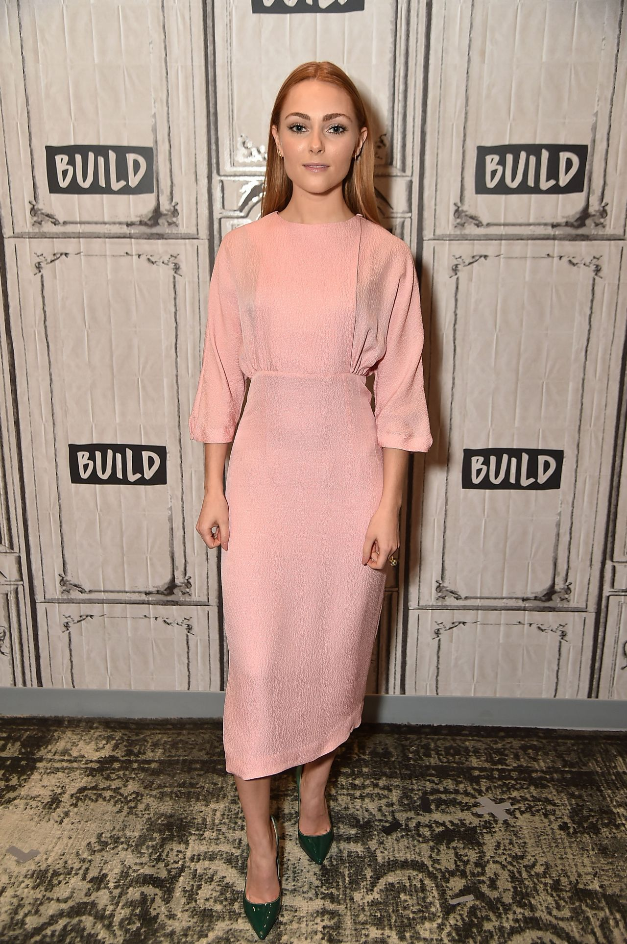 Annasophia Robb Promoting The Movie Quot Freakshow Quot At Build