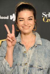 """Annie Murphy – """"Schitt's Creek"""" Season 4 Premiere in Hollywood"""