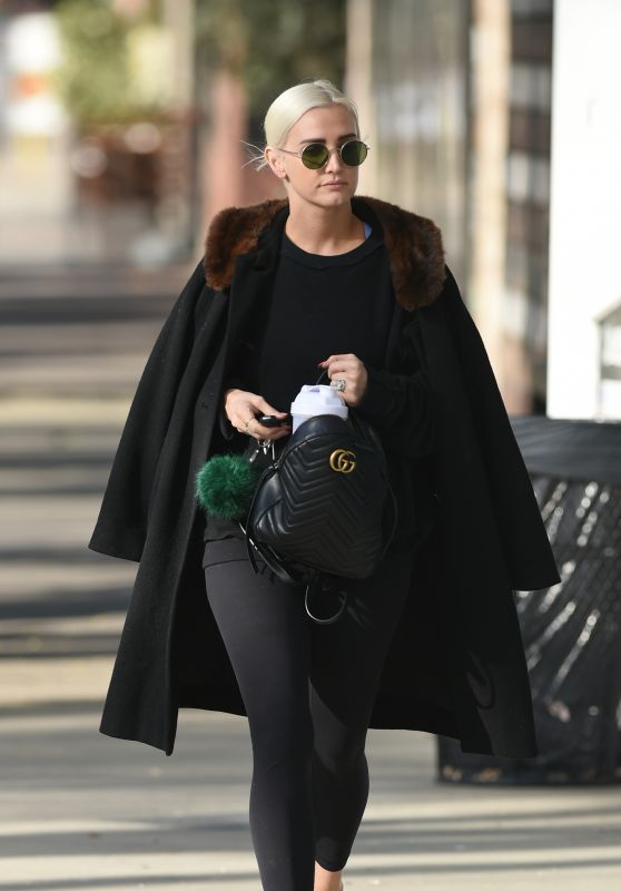 Ashlee Simpson in a Fur Collar Coat - Out in Los Angeles
