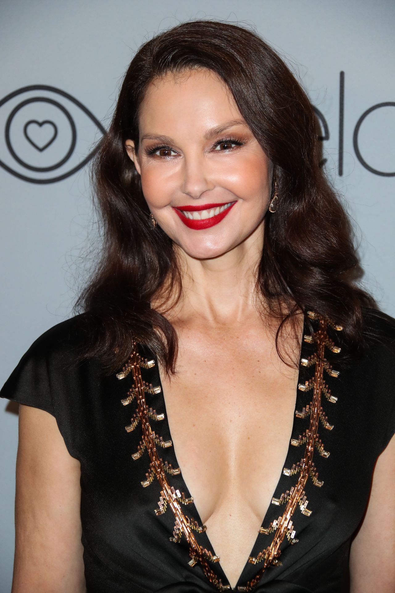 Ashley Judd – InStyle and Warner Bros Golden Globes 2018 ...