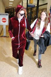 Bella Thorne at the Airport in Salt Lake City