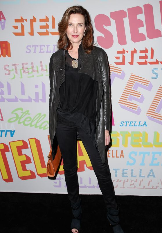 Brenda Strong – Stella McCartney Show in Hollywood