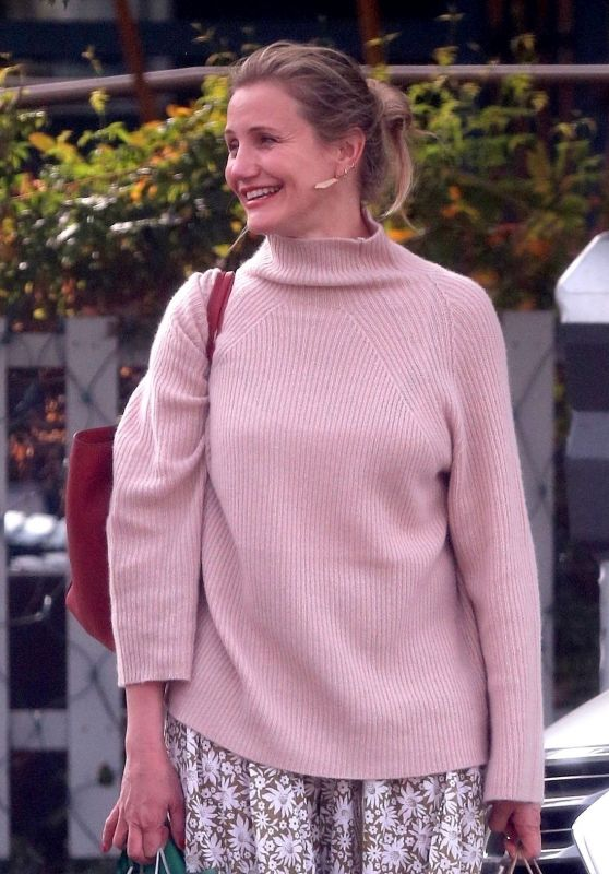 Cameron Diaz Shopping With BFF Lake Bell