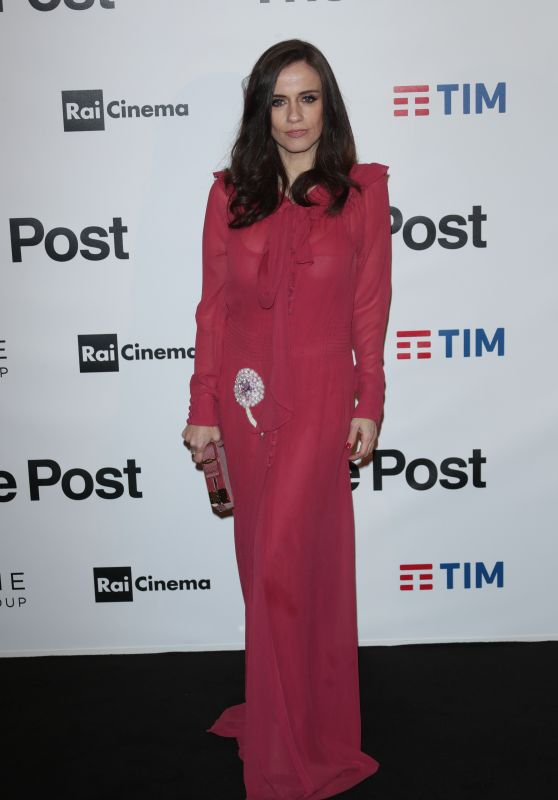 "Chiara Iezzi – ""The Post"" Red Carpet in Milan"