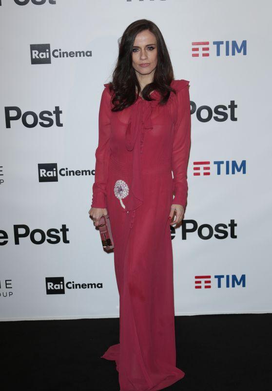 "Chiara Iezzi – ""The Post"" Red Carpet in Milan"