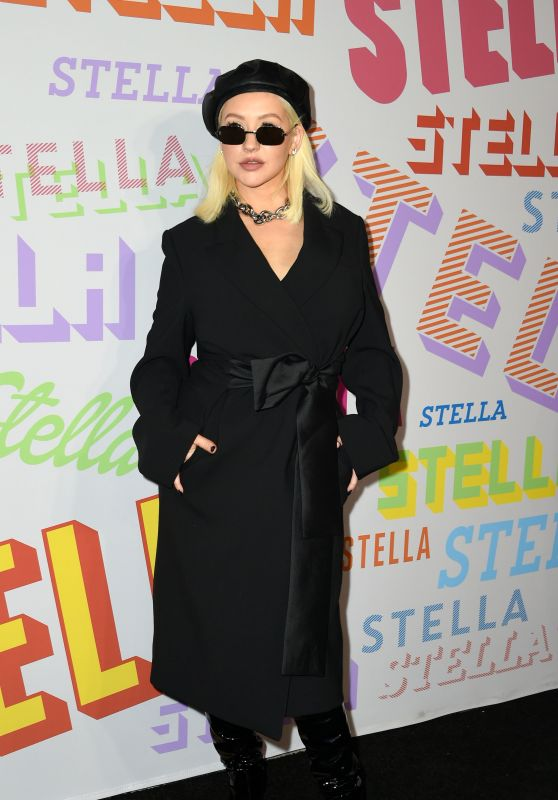 Christina Aguilera – Stella McCartney Show in Hollywood