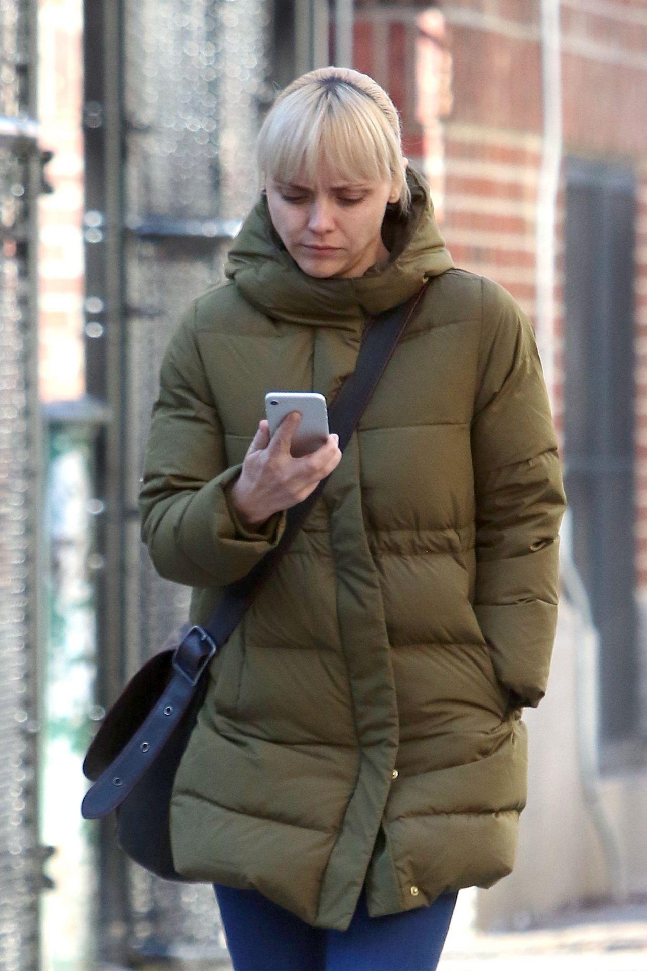 Christina Ricci Winter Street Style New York City 01 26 2018