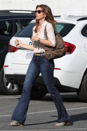 Cindy Crawford in Casual Outfit Out in Malibu